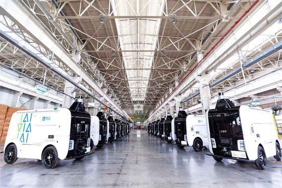Photo of Alibaba's electric, autonomous delivery vehicles.